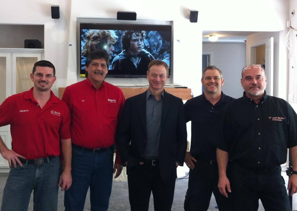 Gary Sinise, our founder Joel Berrettini on location in San Antonio